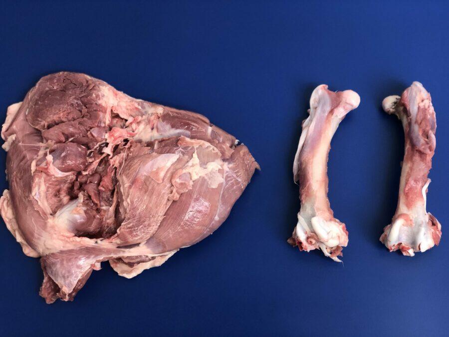 Deboned turkey thigh meat & bone - ST850 turkey thigh deboner STEEN
