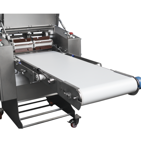 Automatic short poultry skinning machine - optional long infeed conveyor